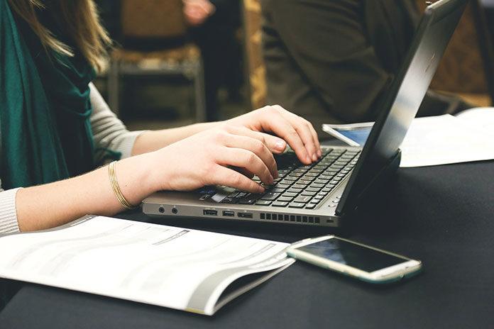 Notebooki dla studenta – co warto wiedzieć przed zakupem?