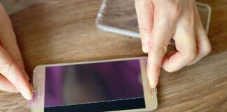 naprawy smartfona