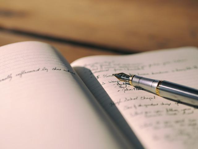 jaki zeszyt i notatnik kupić dziecku do szkoły?